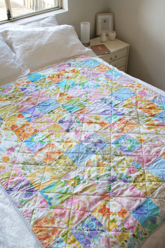 Look What I Made: Vintage Sheet Quilt   Katie's Kitchen Blog : sheet quilt - Adamdwight.com